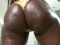 Booty Slam: Vicky and Mahlia - we have never used so much oil before!